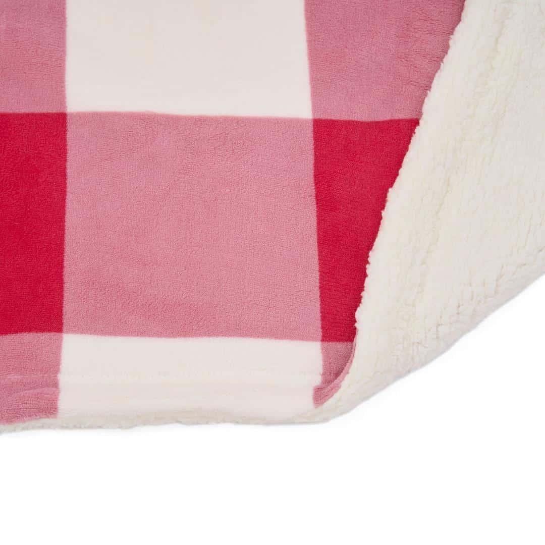 Patura fleece cu blanita model Carouri Rosii 150x200 cm